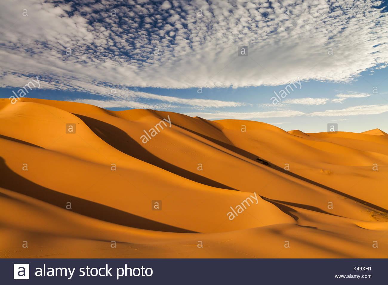 Beautiful sand dunes in the Sahara desert - Stock Image