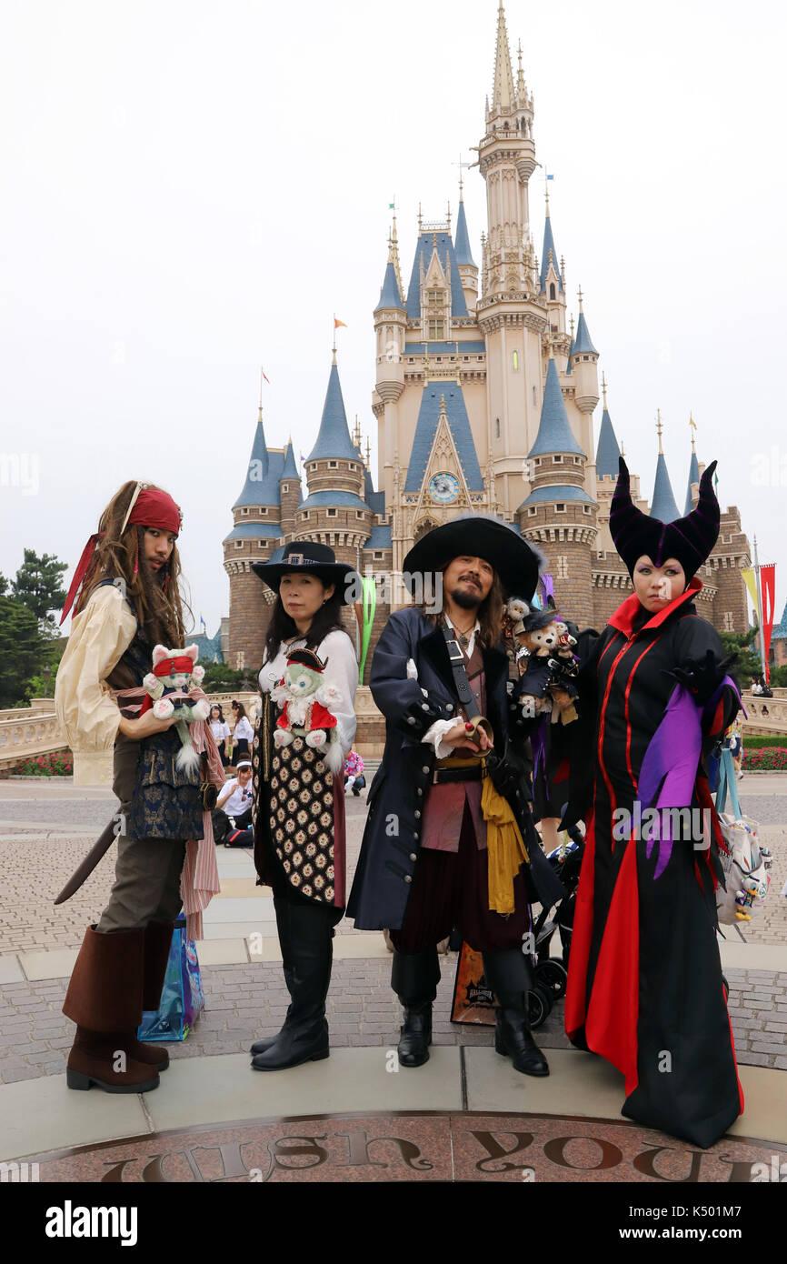 Urayasu Japan 7th Sep 2017 Visitors Dressed In Costumes Of Stock