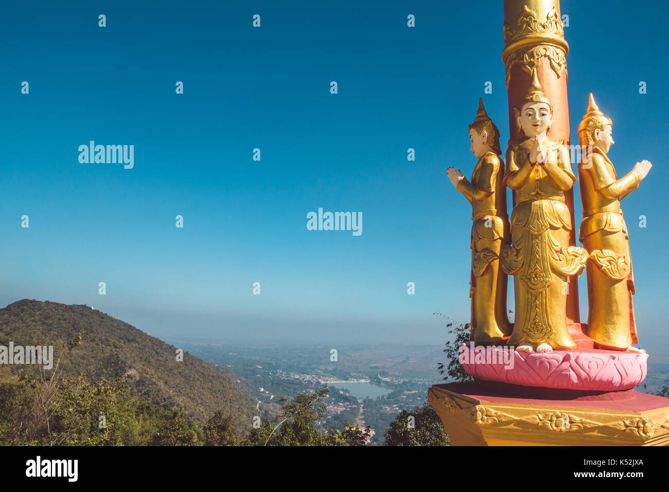 Buddhist statues overlooking Lake Pindaya in Shan State, Myanmar (Burma) 2013. - Stock Image
