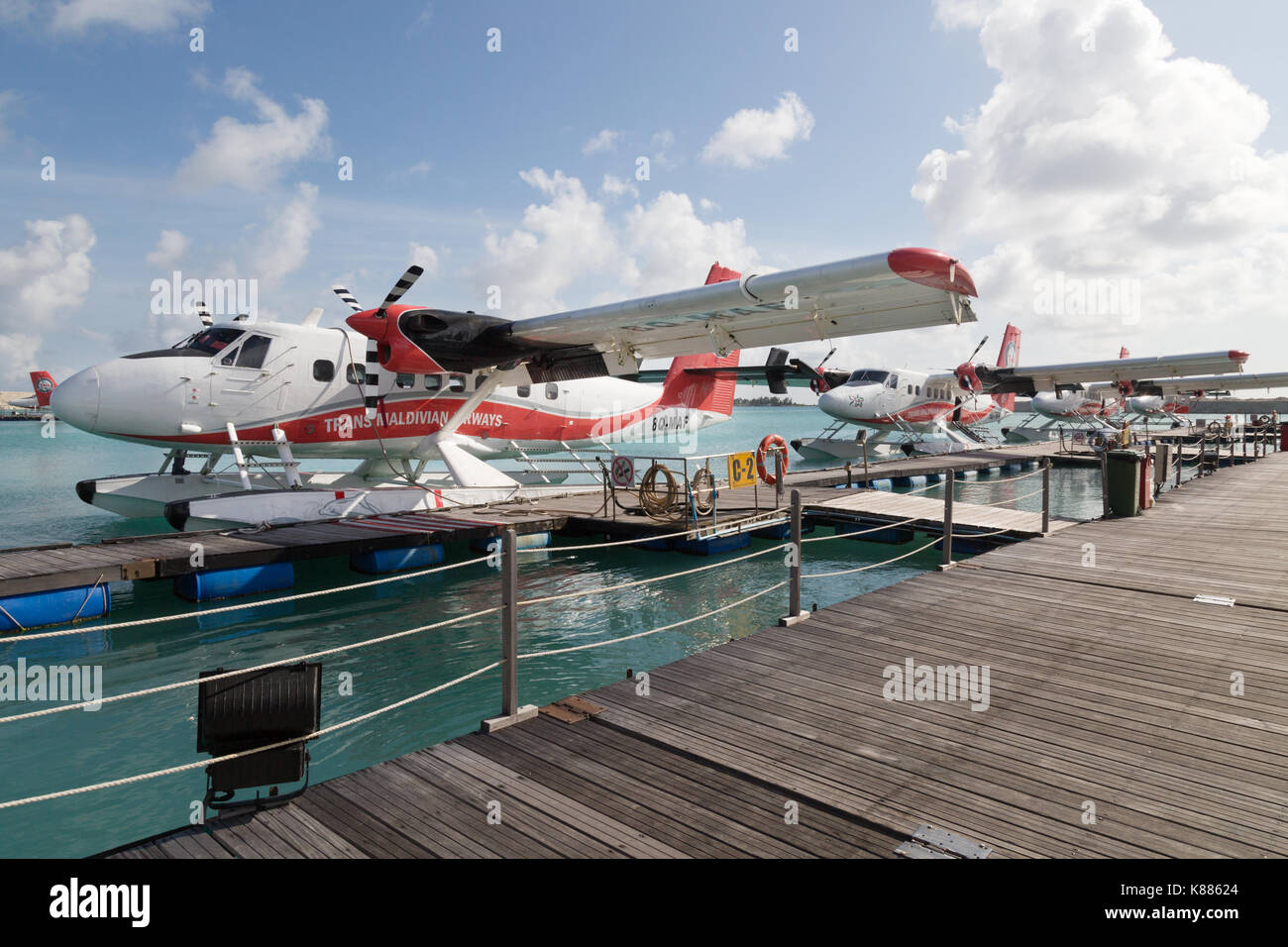 trans-maldivian-airways-seaplanes-at-male-airport-male-maldives-asia-K88624.jpg
