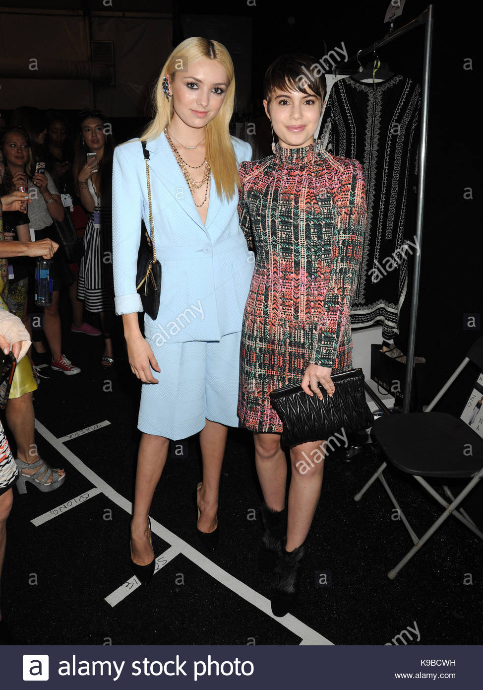 Watch - Celebrities row front at nyfw spring video