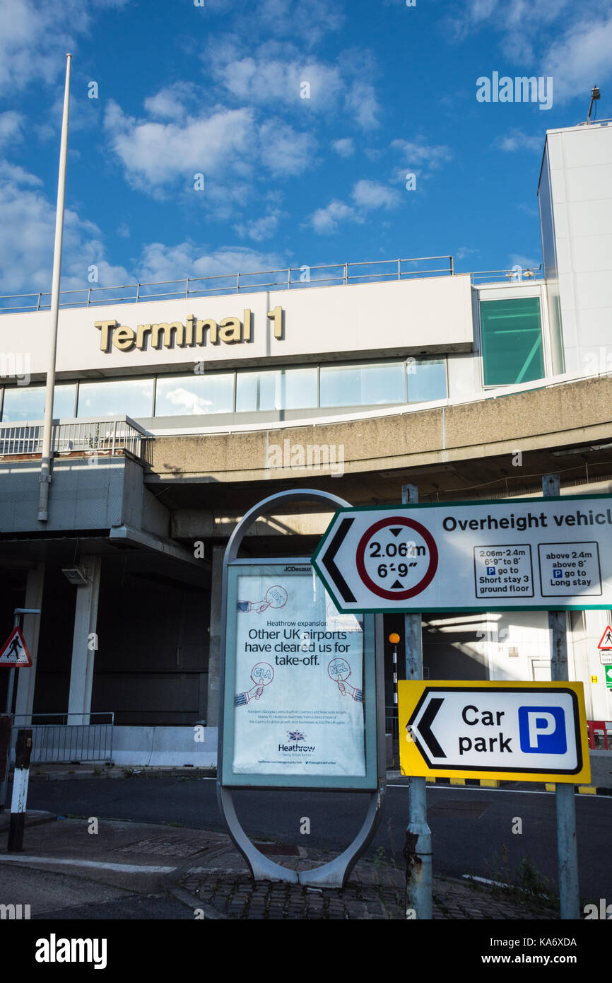 The now disused Terminal 1 building at Heathrow Airport, London, UK Stock Photo