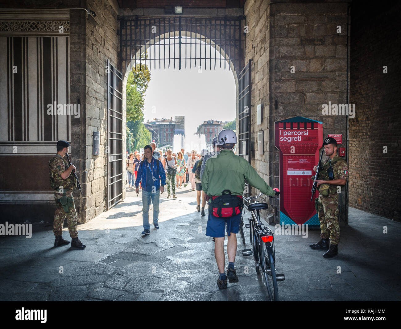 two-italian-army-soldiers-stand-on-guard-at-the-entrance-of-sforzesco-KAJHMM.jpg