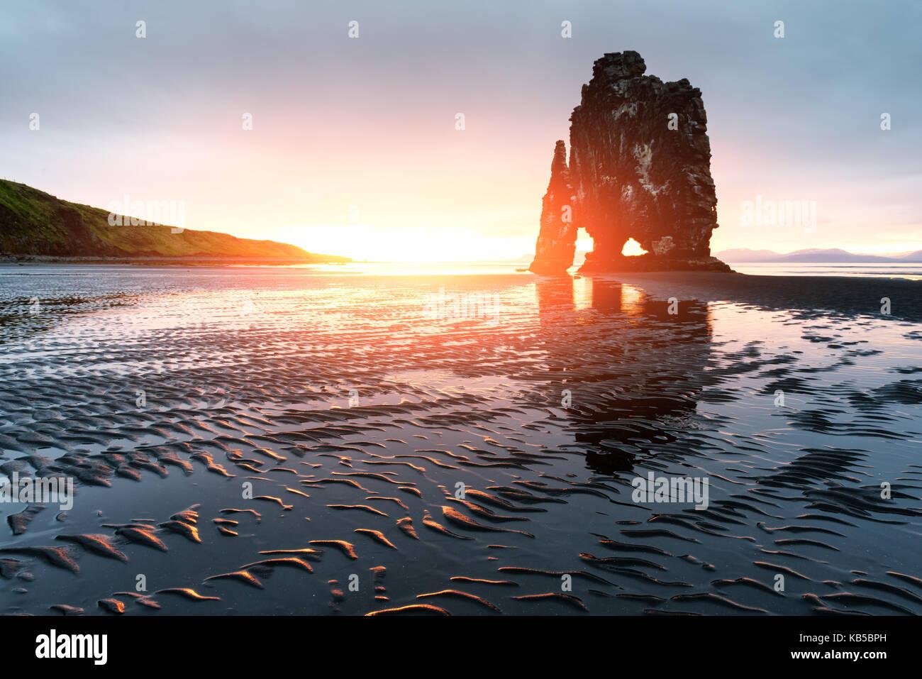 Basalt stack Hvitserkur - Stock Image