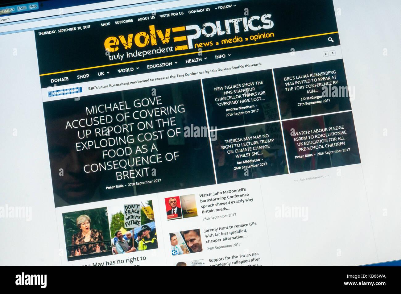 Home page of the British political alternative news website Evolve Politics. - Stock Image