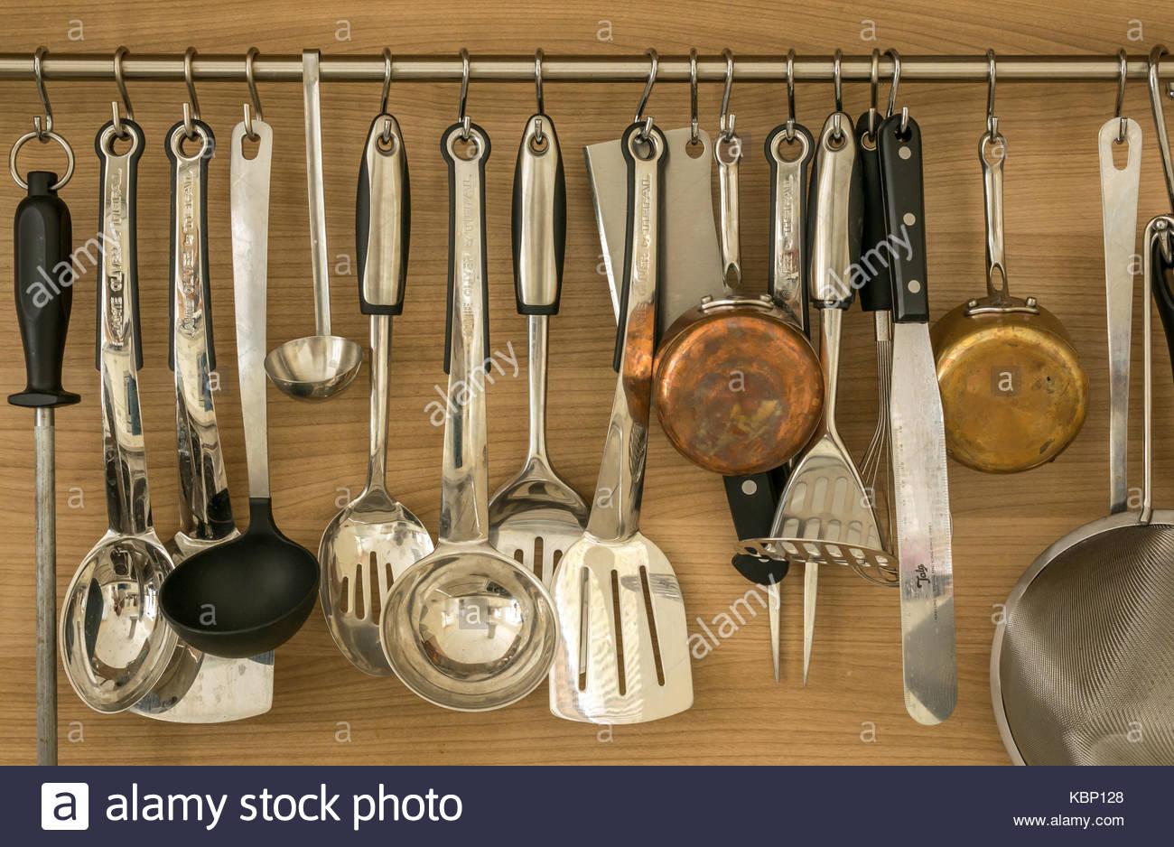 batterie-de-cuisine-kitchen-spoons-ladle