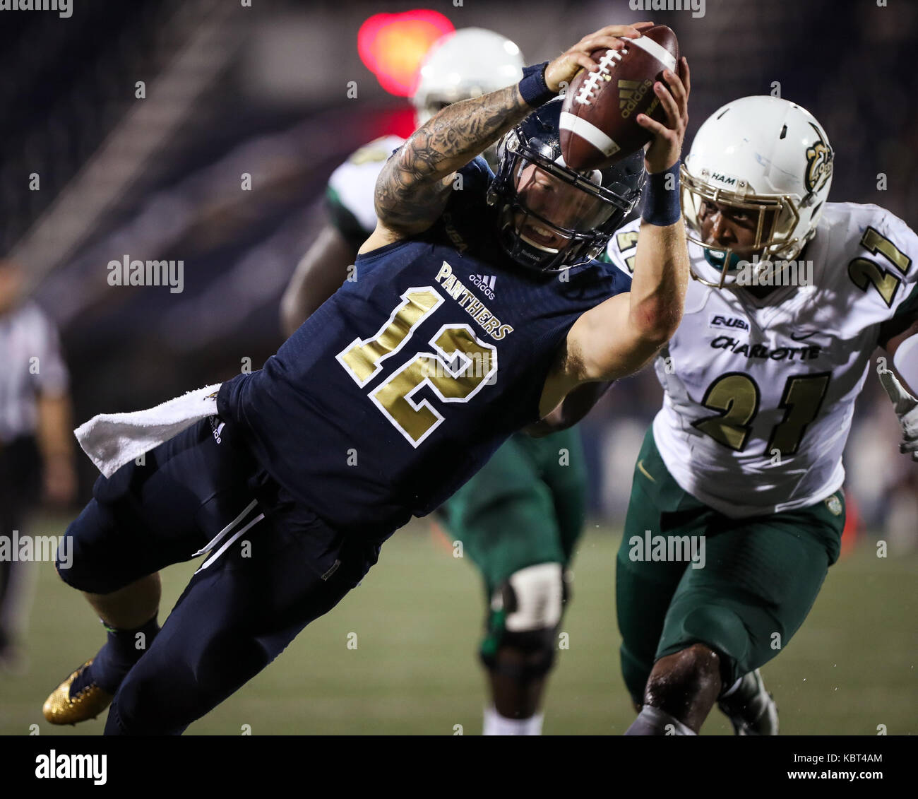 Miami Florida Usa 30th Sep 2017 Fiu Panthers Quarterback Alex