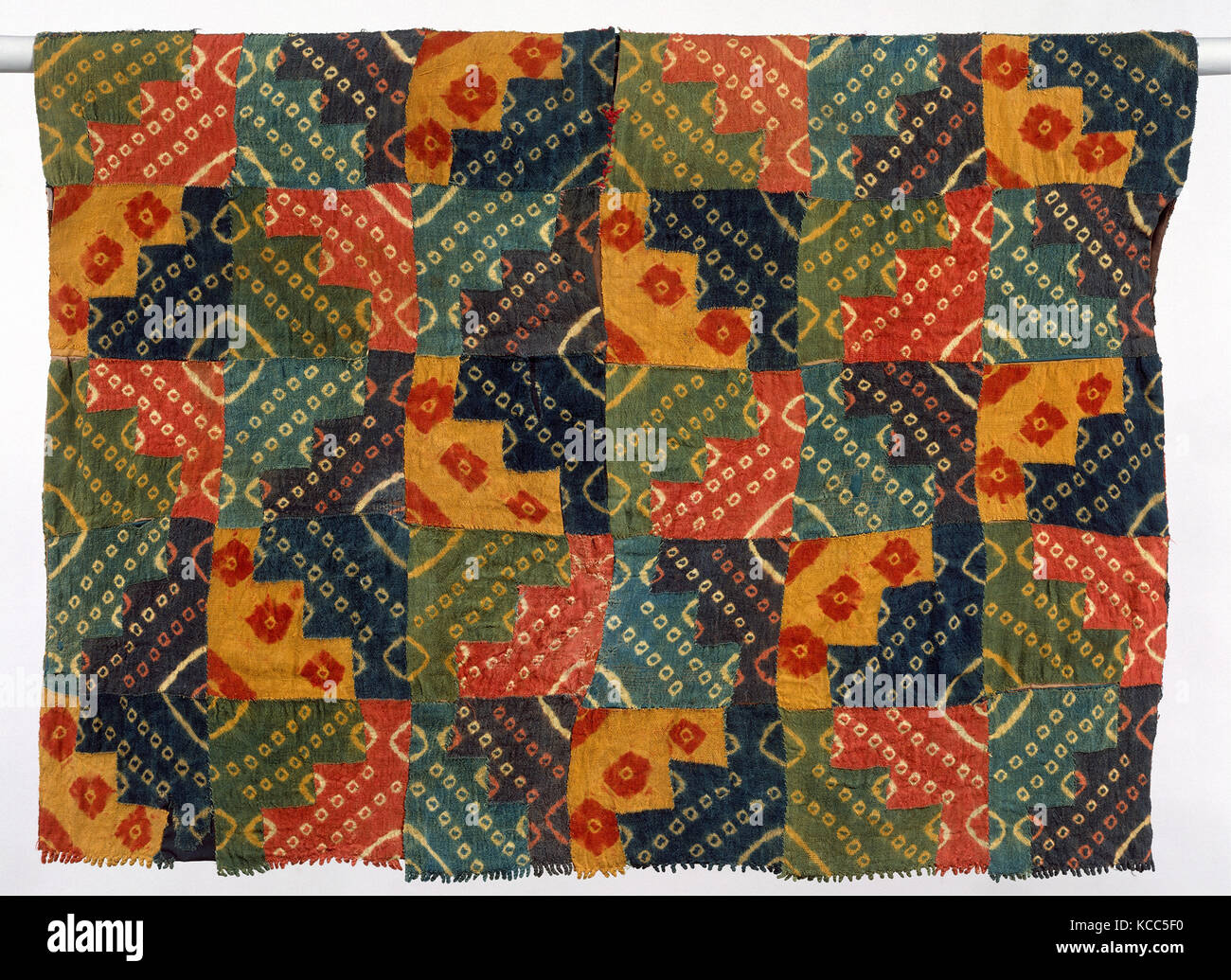Tunic, 700–850, Peru, Wari, Camelid hair, H. 34 x W. 46 in. (86.4 x 116.8 cm), Textiles-Woven, The so-called patchwork - Stock Image