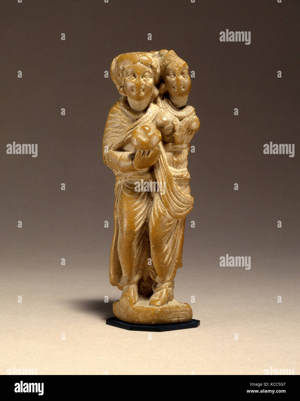 Two Standing Women, ca. 1st century B.C., Pakistan (ancient region of Gandhara), Phyllitic schist, H. 4 3/8 in. - Stock Image