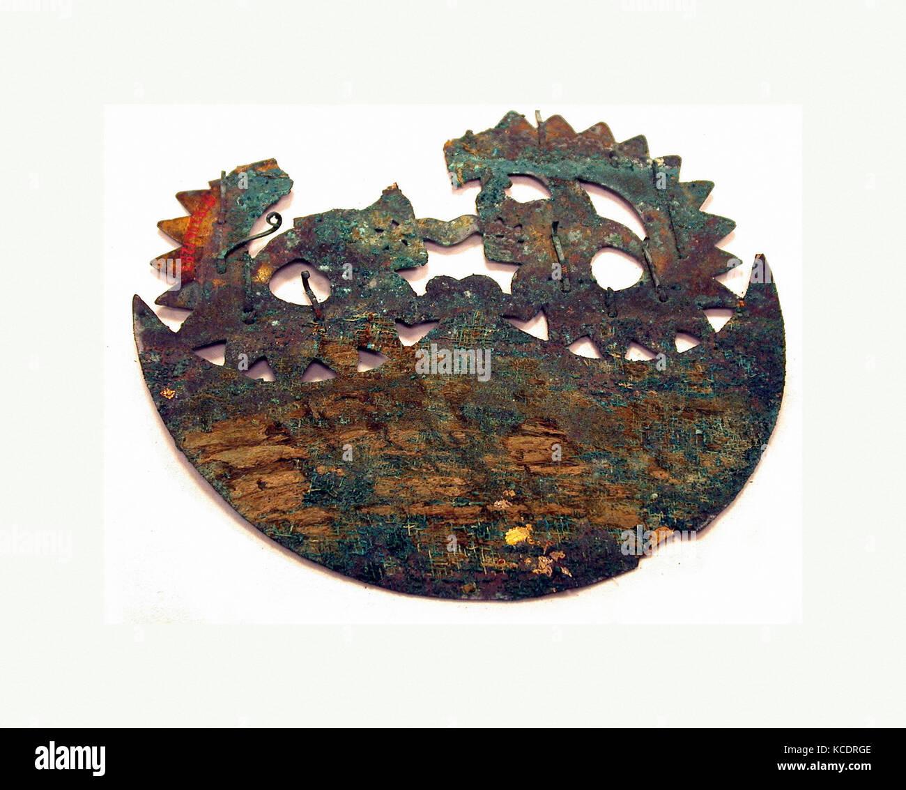 Crescent Ornament, 390–450, Peru, Moche (Loma Negra), Copper, H. 6 1/8 x W. 5 1/2 in. (15.5 x 14 cm), Metal-Ornaments - Stock Image