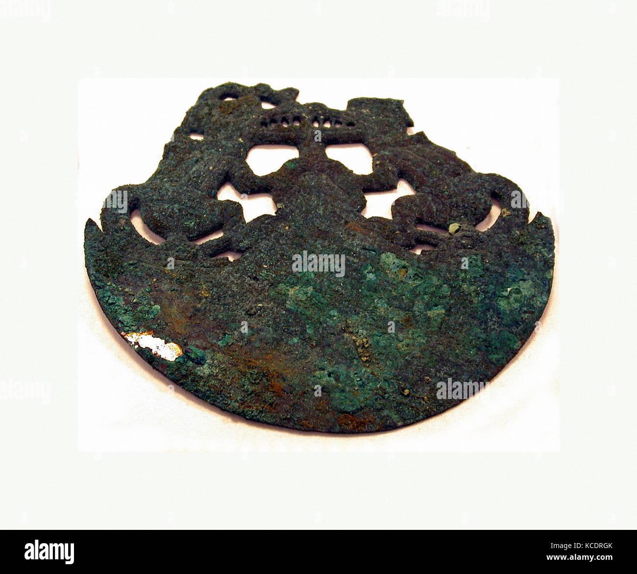 Crescent Ornament, 390–450, Peru, Moche (Loma Negra), Gilded copper, H. 4 3/8 x W. 4 13/16 in. (11.1 x 12.2 cm), - Stock Image