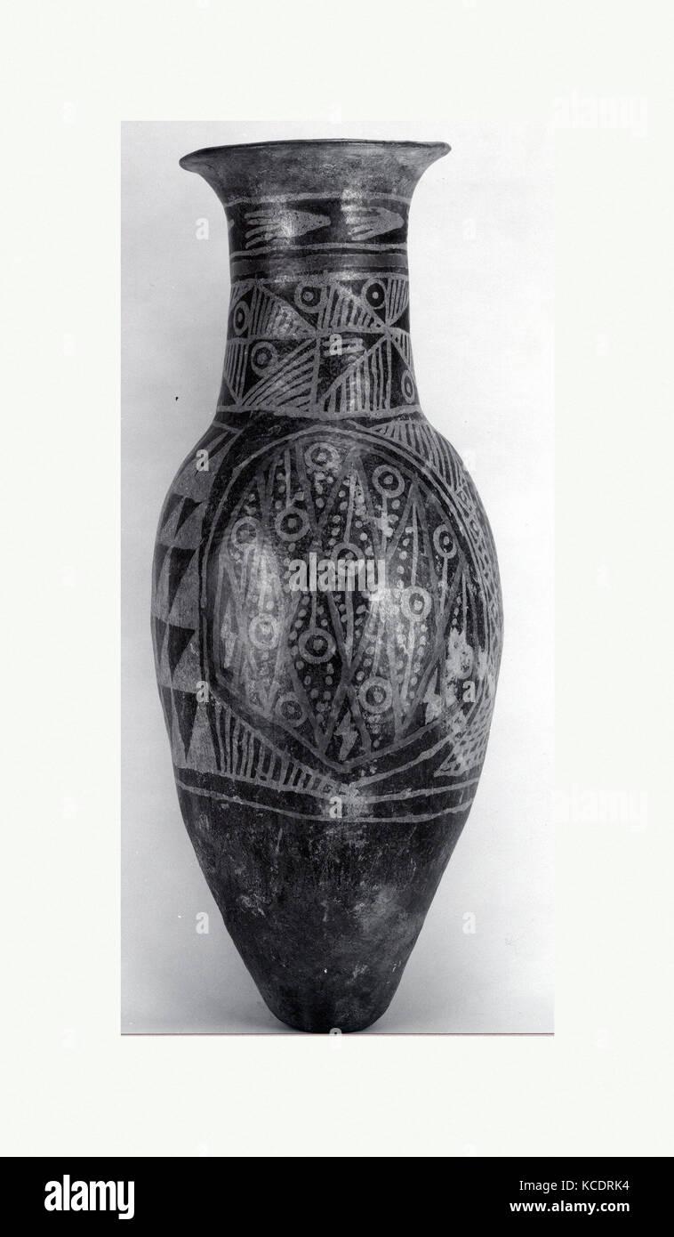 Ceramic Urn, 11th–16th century, Ecuador, Carchi, Ceramic, slip, pigment, H. 28 x Diam. 11 in. (71.1 x 27.9 cm), - Stock Image