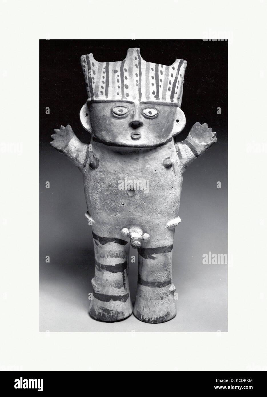 Standing Figure, 12th–14th century, Peru, Chancay, Ceramic, H. 18 1/2 in. (47 cm), Ceramics-Sculpture - Stock Image