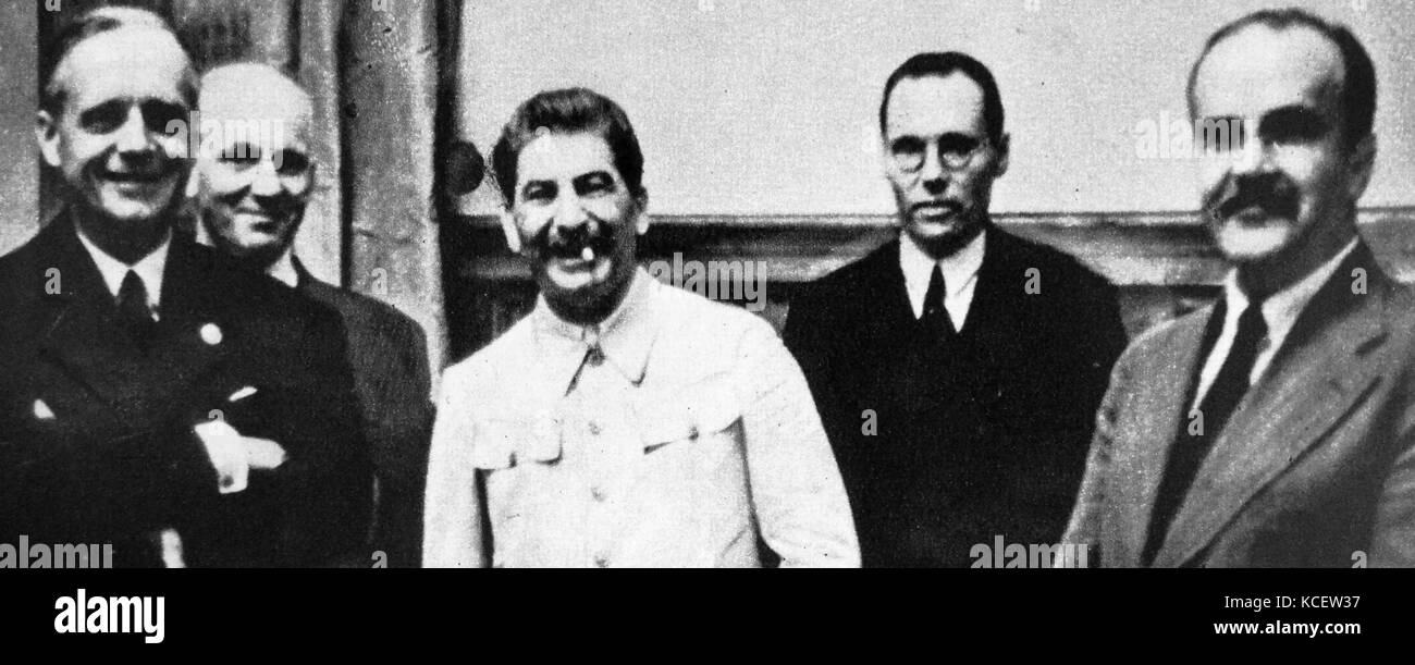 Stalin, Ribbentrop and Molotov after signing the Molotov–Ribbentrop Pact, (Nazi-Soviet Pact; German–Soviet Non-aggression - Stock Image