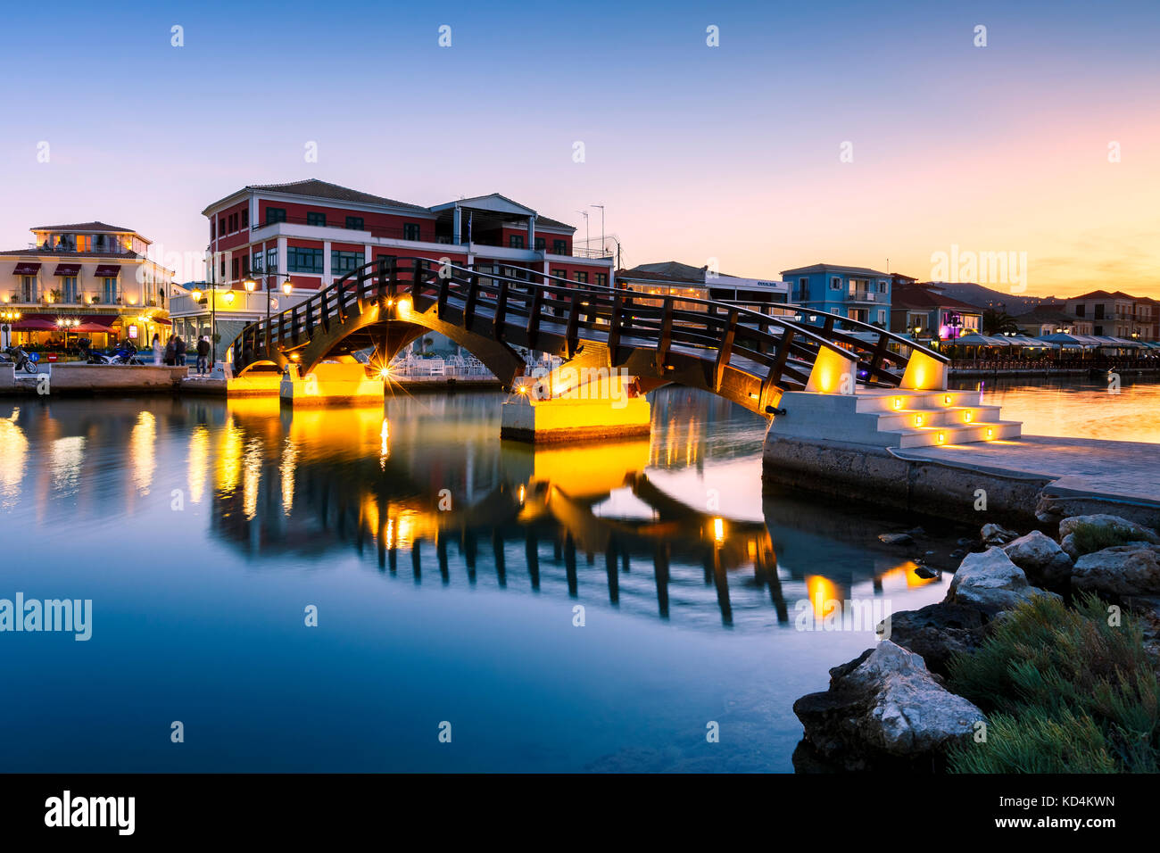 Foot bridge in the harbour of Lefkada town, Greece. - Stock Image
