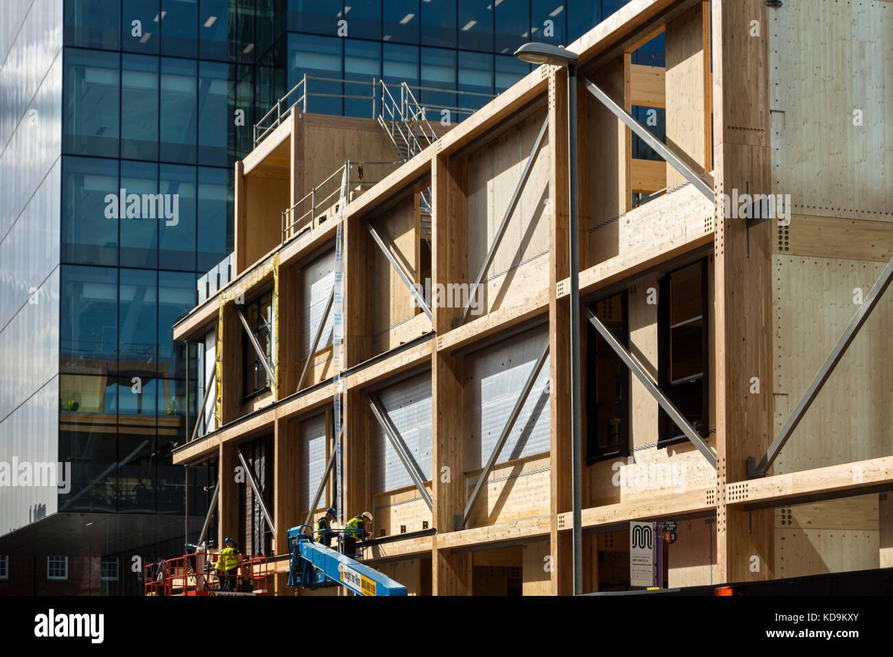 the-pavilion-a-timber-framed-building-un