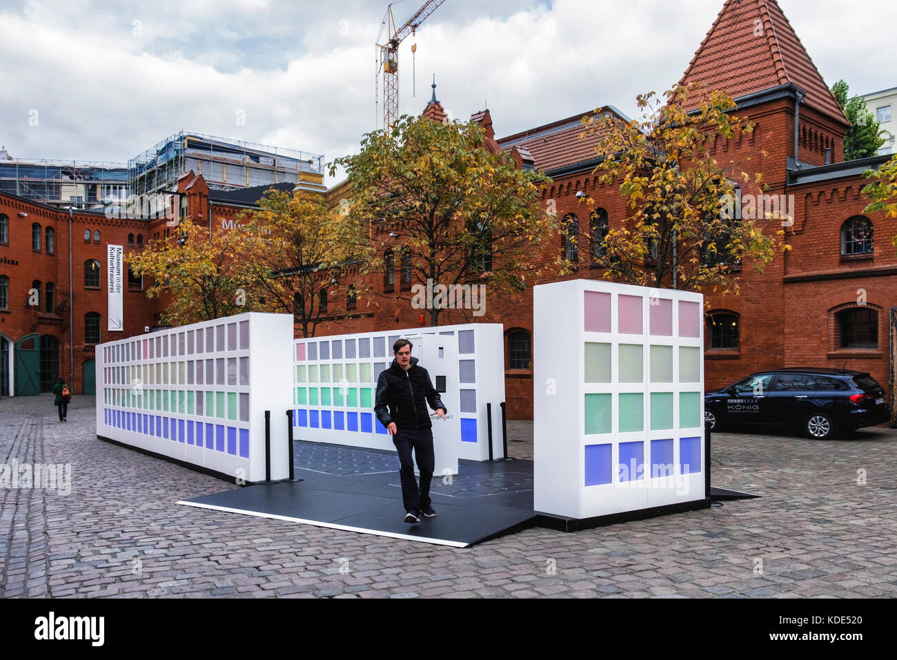 berlin-germany-13th-october-2017-people-enjoy-an-energy-harvesting-KDE520.jpg