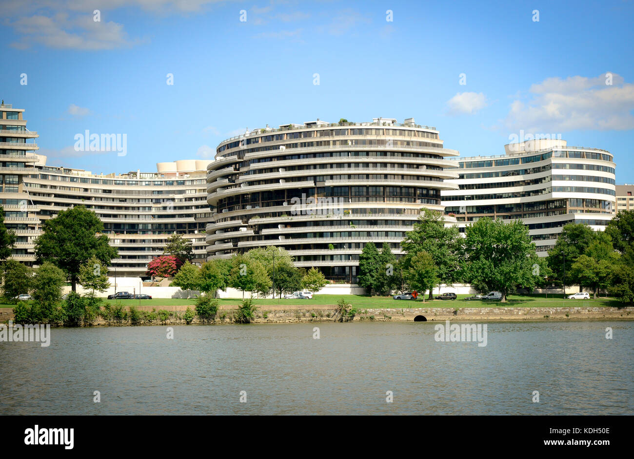 an overview of the infamous watergate scandal in the washington dc Overview of the site  (dnc) headquarters in washington dc the dnc housed its head office in the now infamous watergate complex.