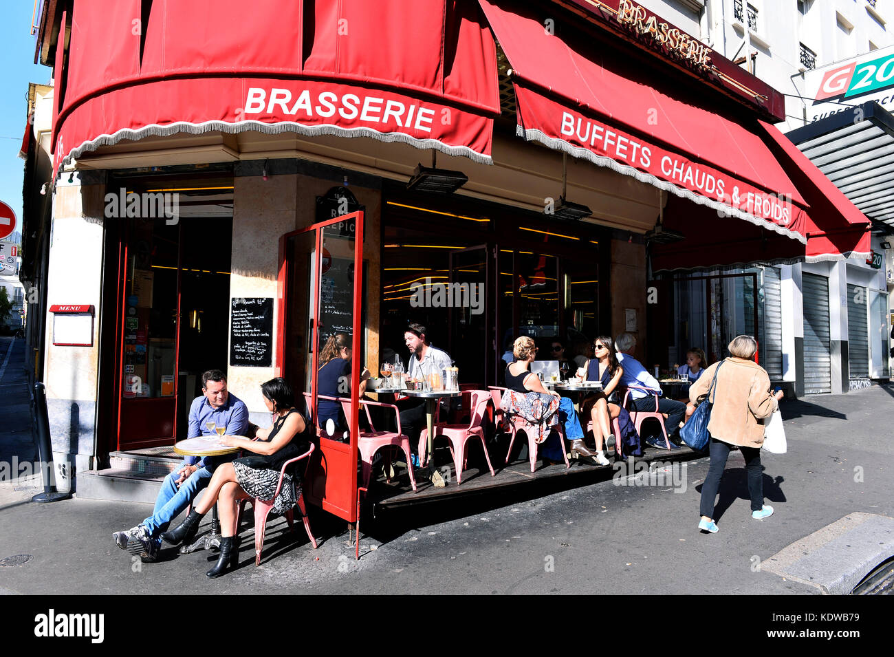 Cafe Cote  Moulins Paris