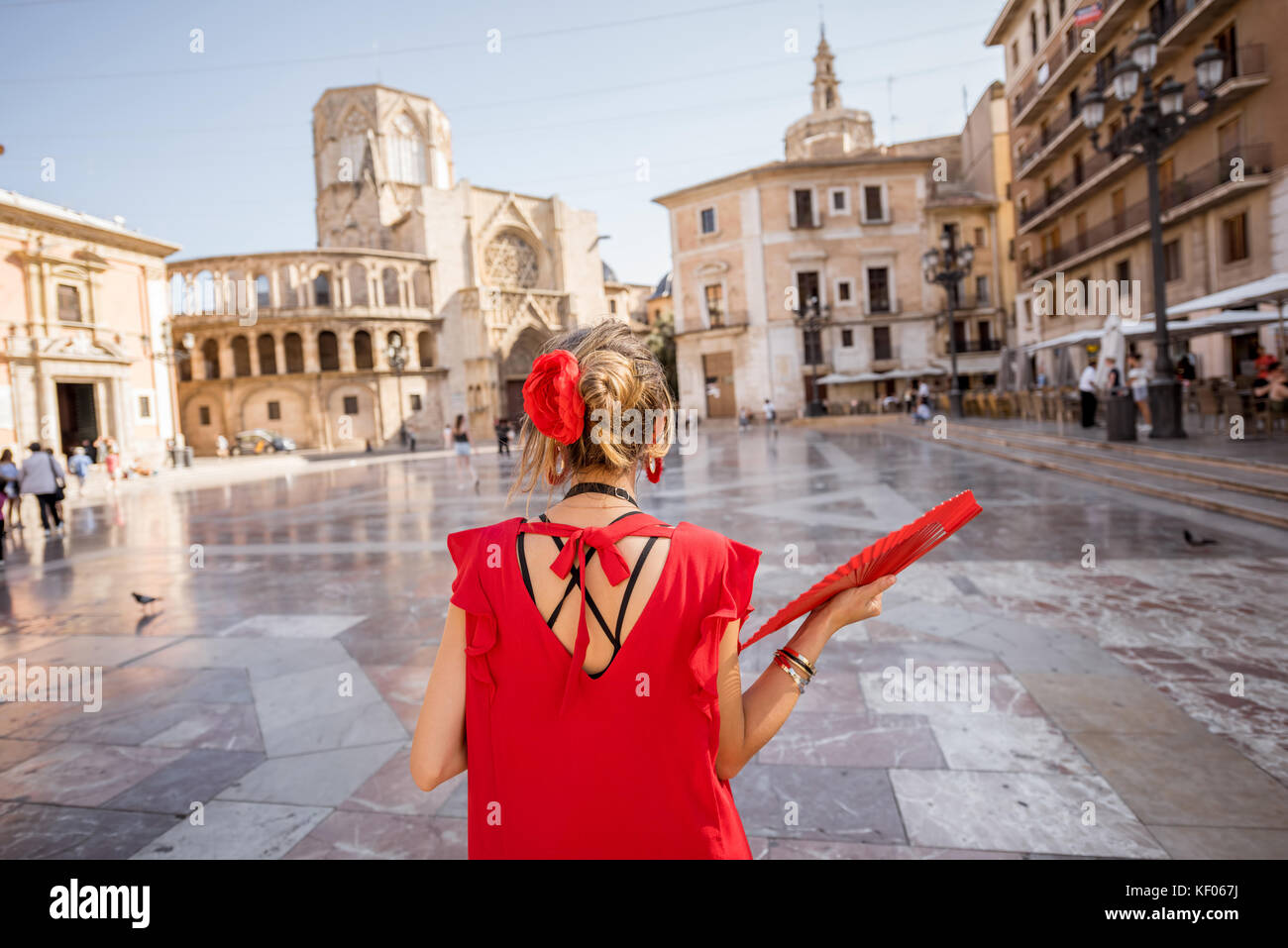 Woman traveling in Valencia city - Stock Image