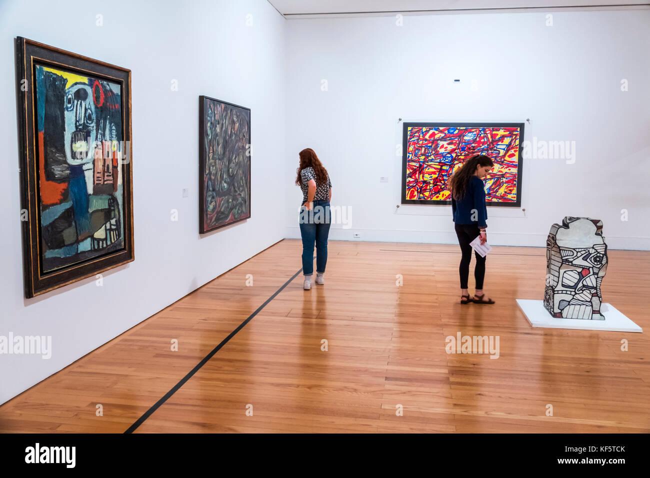 Lisbon Modern Art Center
