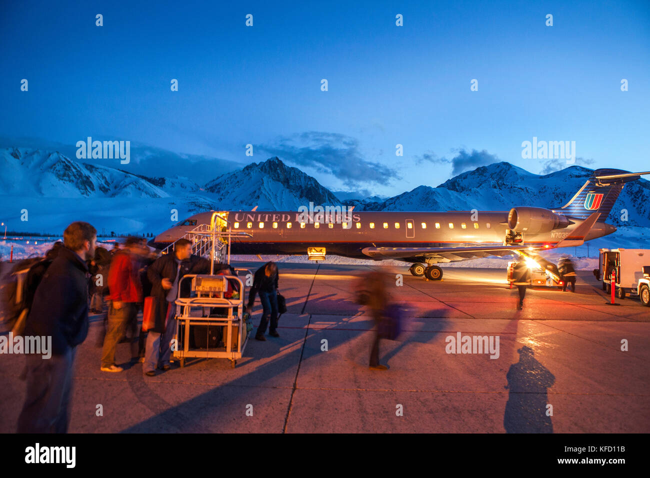 USA, California, Mammoth, exiting the plane just after sunset in Mammoth Lakes - Stock Image
