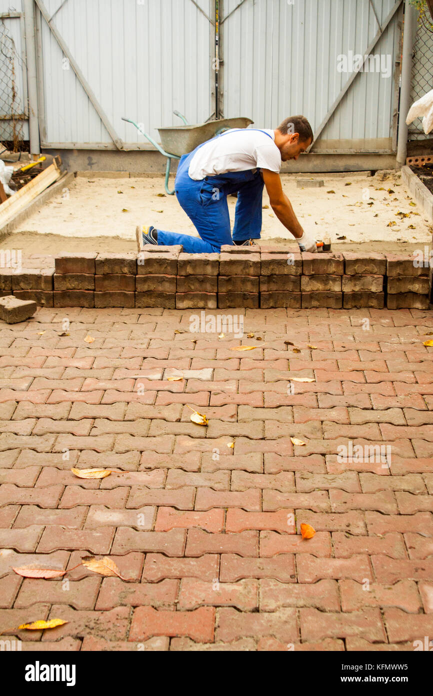 how to raise sidewalk slabs