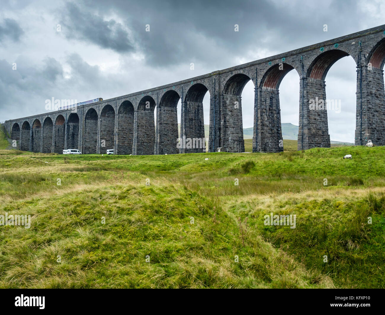 Railway Viaduct Ribblehead, Destrict Yorkshire Dales, England, Great Britain - Stock Image