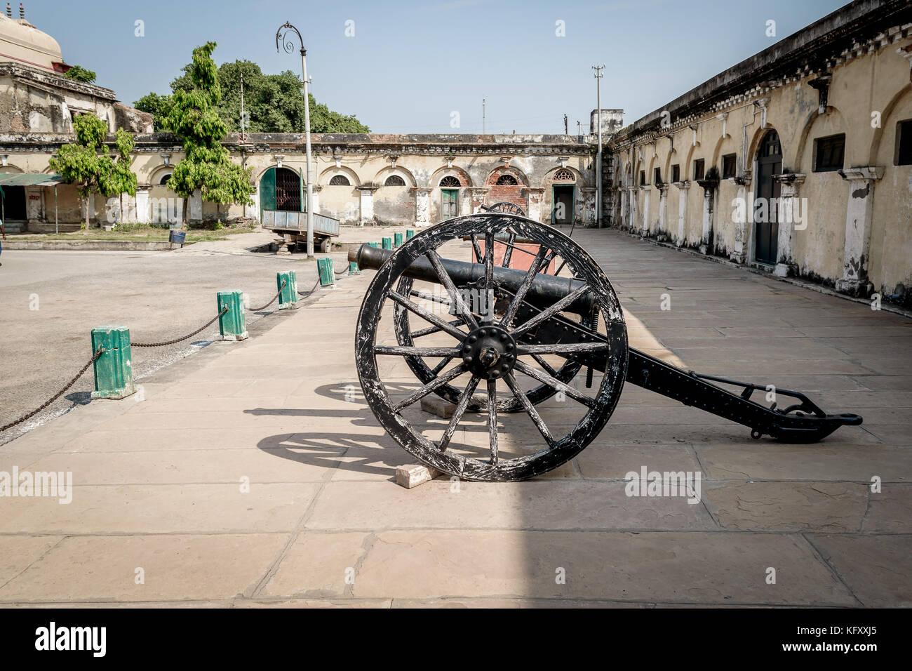 An Ancient canon on the courtyard at Ramnagar Fort, Varanasi India. - Stock Image