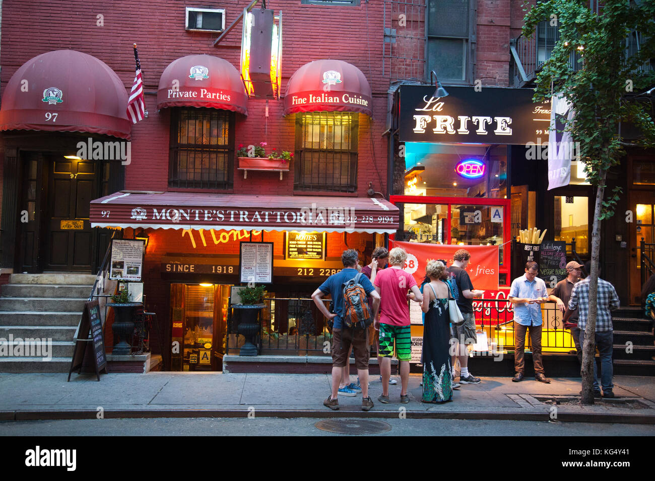 Restaurants Nightlife Greenwich Village New York Usa