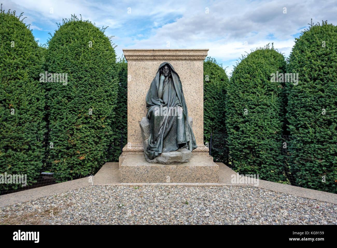 The Adams Memorial, bronze sculpture, American artist Augustus Saint-Gaudens, at Rock Creek Cemetery in Washington, Stock Photo