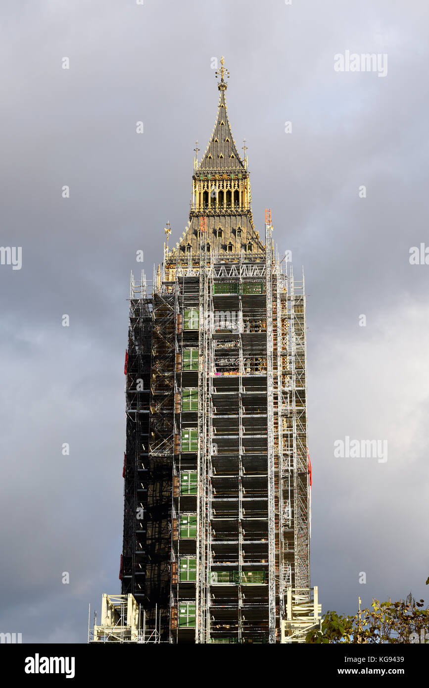 scaffolding-enveloping-big-ben-elizabeth-tower-palace-of-westminster-KG9439.jpg
