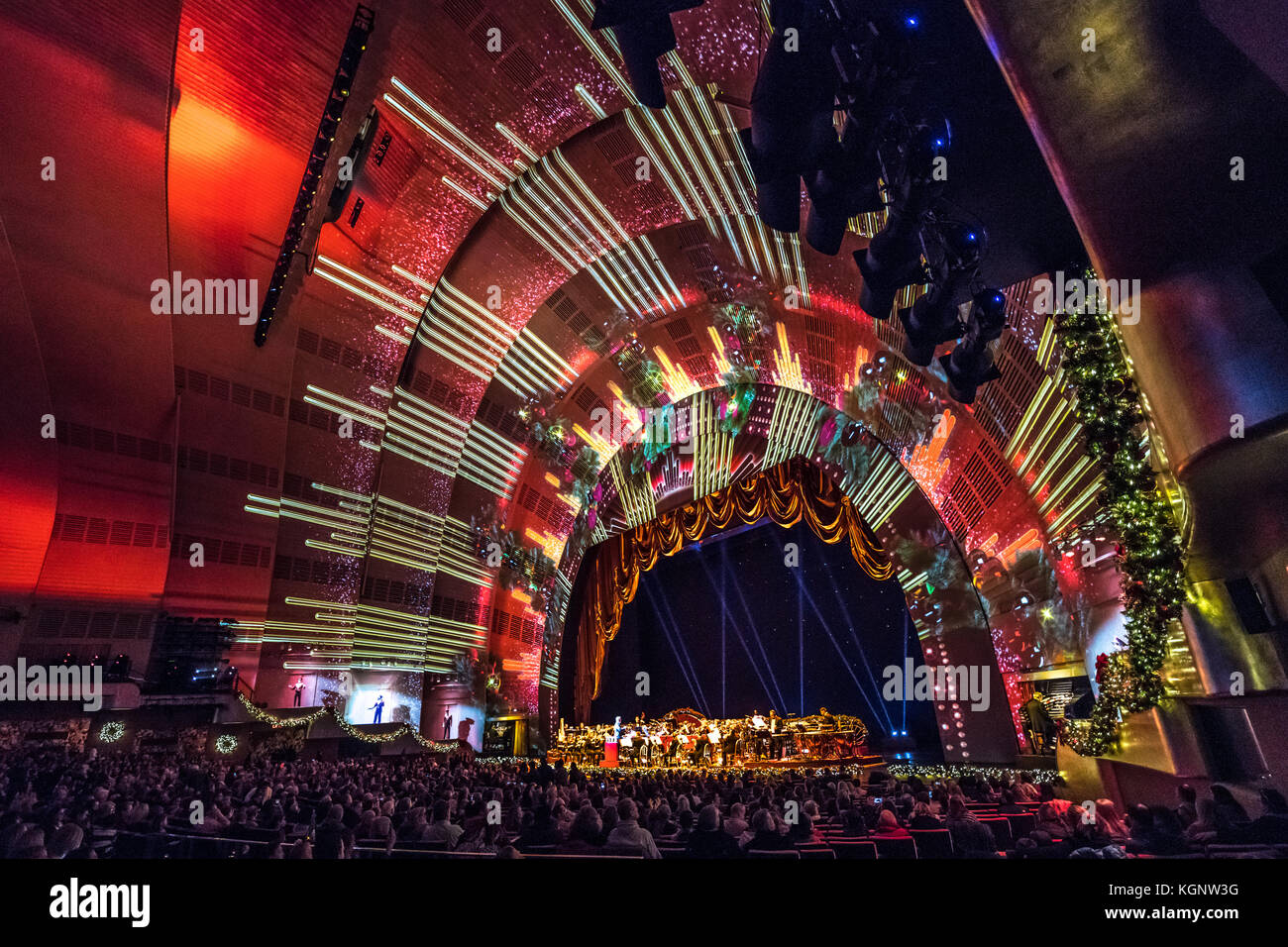 New York, USA, 10 Nov 2017. Opening day of the 2017 Christmas Stock ...