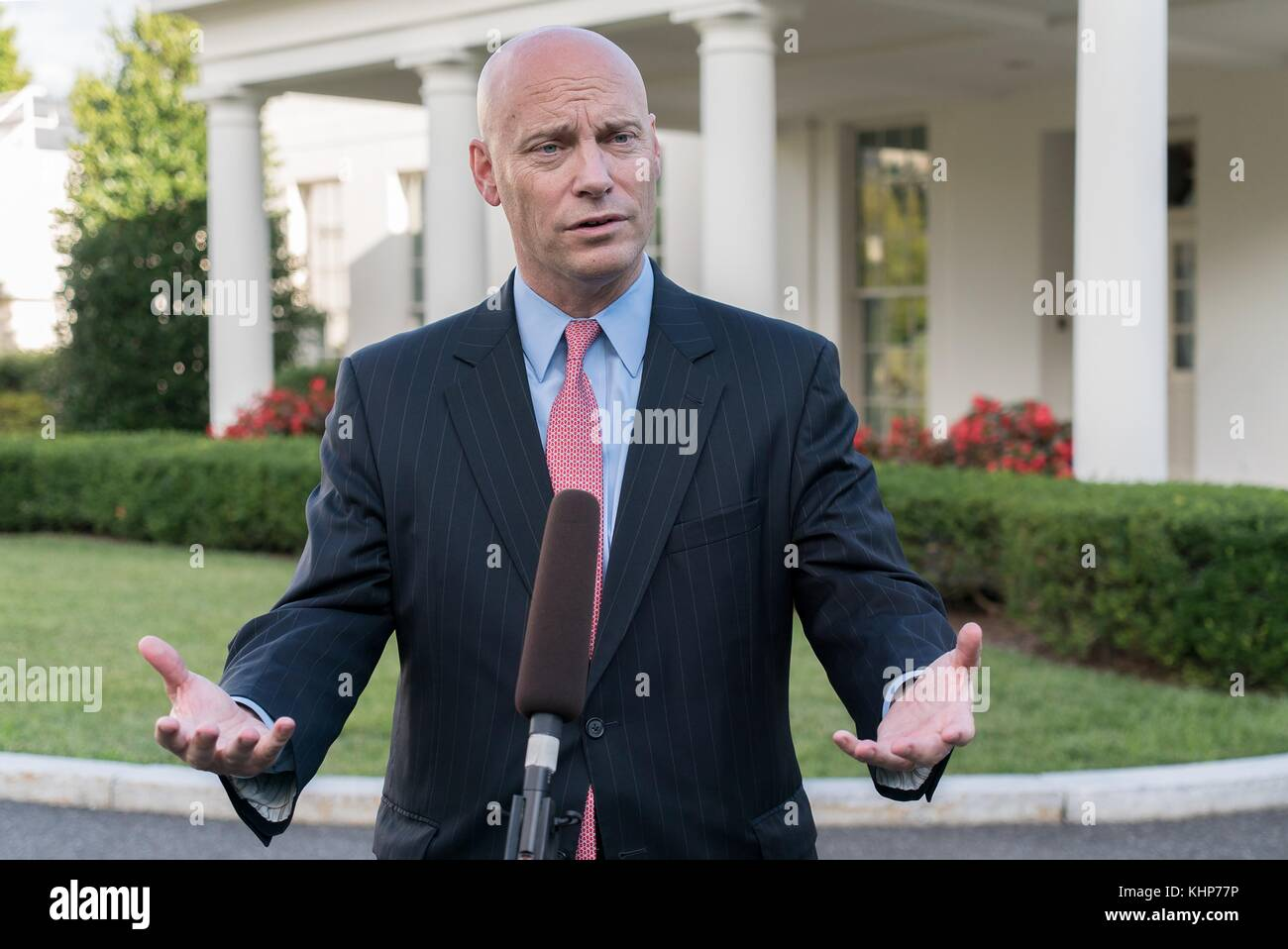 U.S. White House Director of Legislative Affairs Marc Short speaks to the media outside the West Wing of the White - Stock Image
