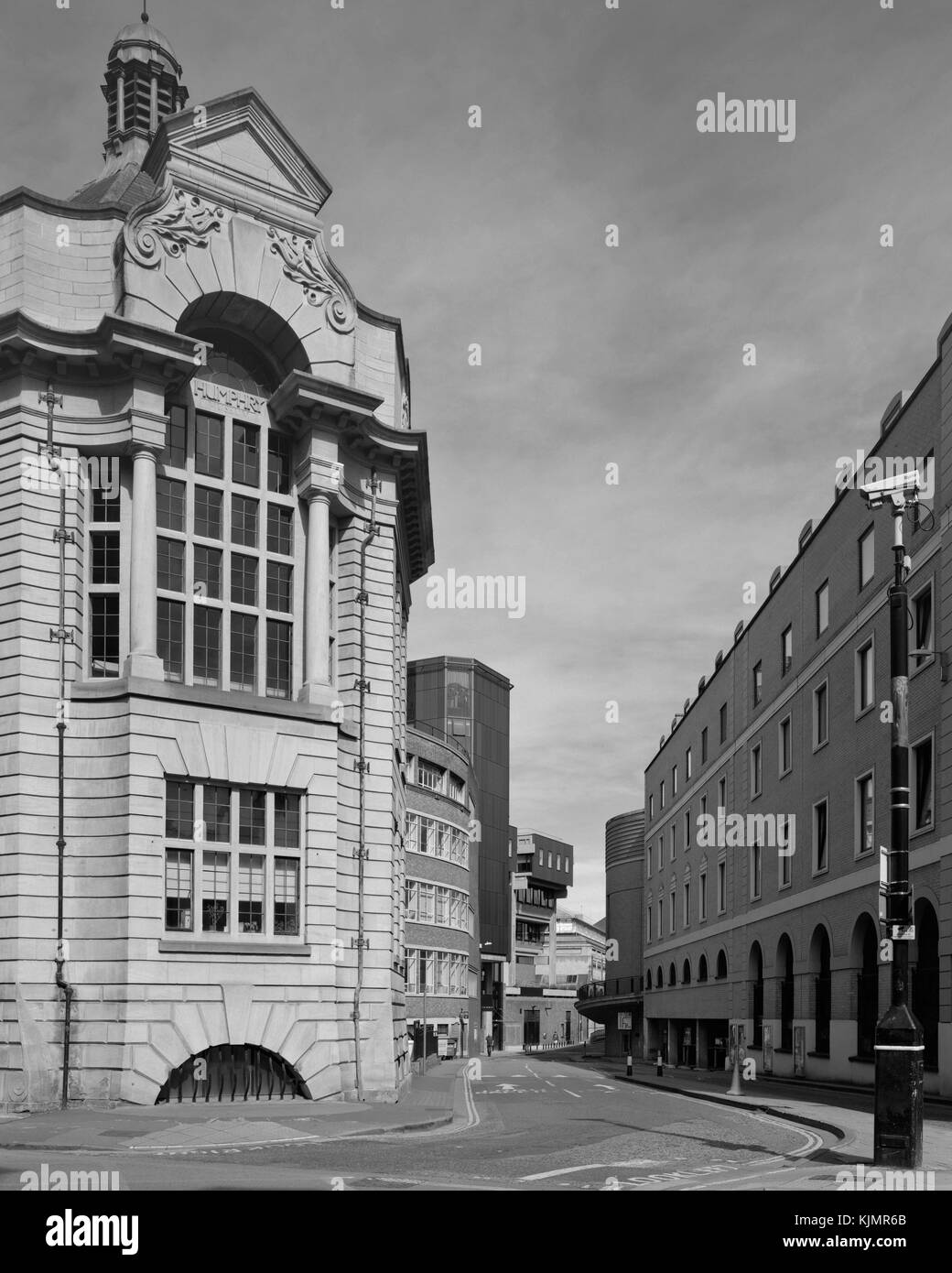 Humphry Museum and entrance to Lion Yard carpark, Downing Street Cambridge - Stock Image