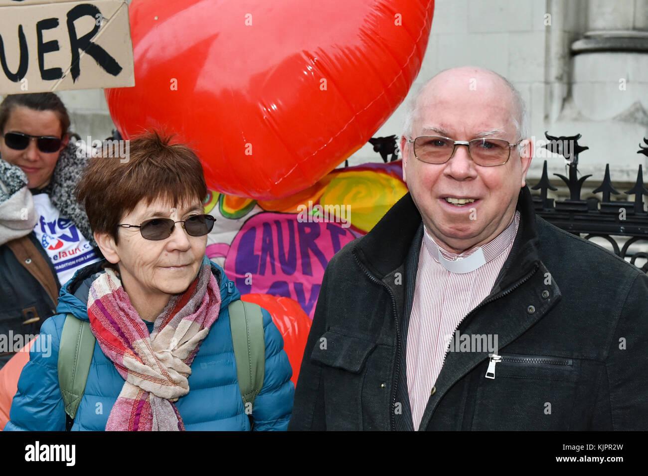 London, United Kingdom. 29 November 2017. Reverend Alexander Love and Sirkka-Liisa Love outside the Royal Courts - Stock Image