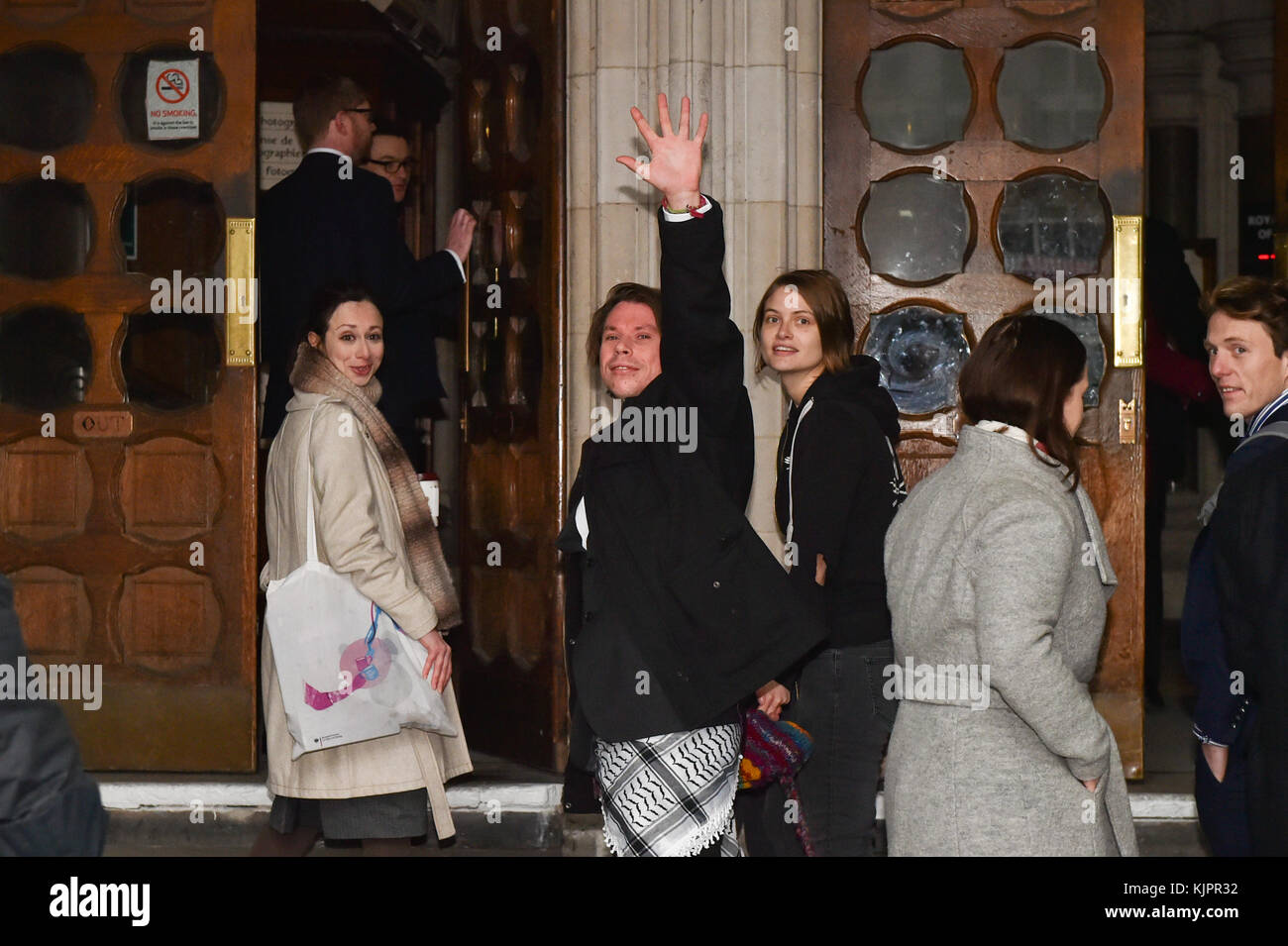 London, United Kingdom. 29 November 2017. Lauri Love and partner Sylvia Mann arrive at the Royal Courts of Justice - Stock Image