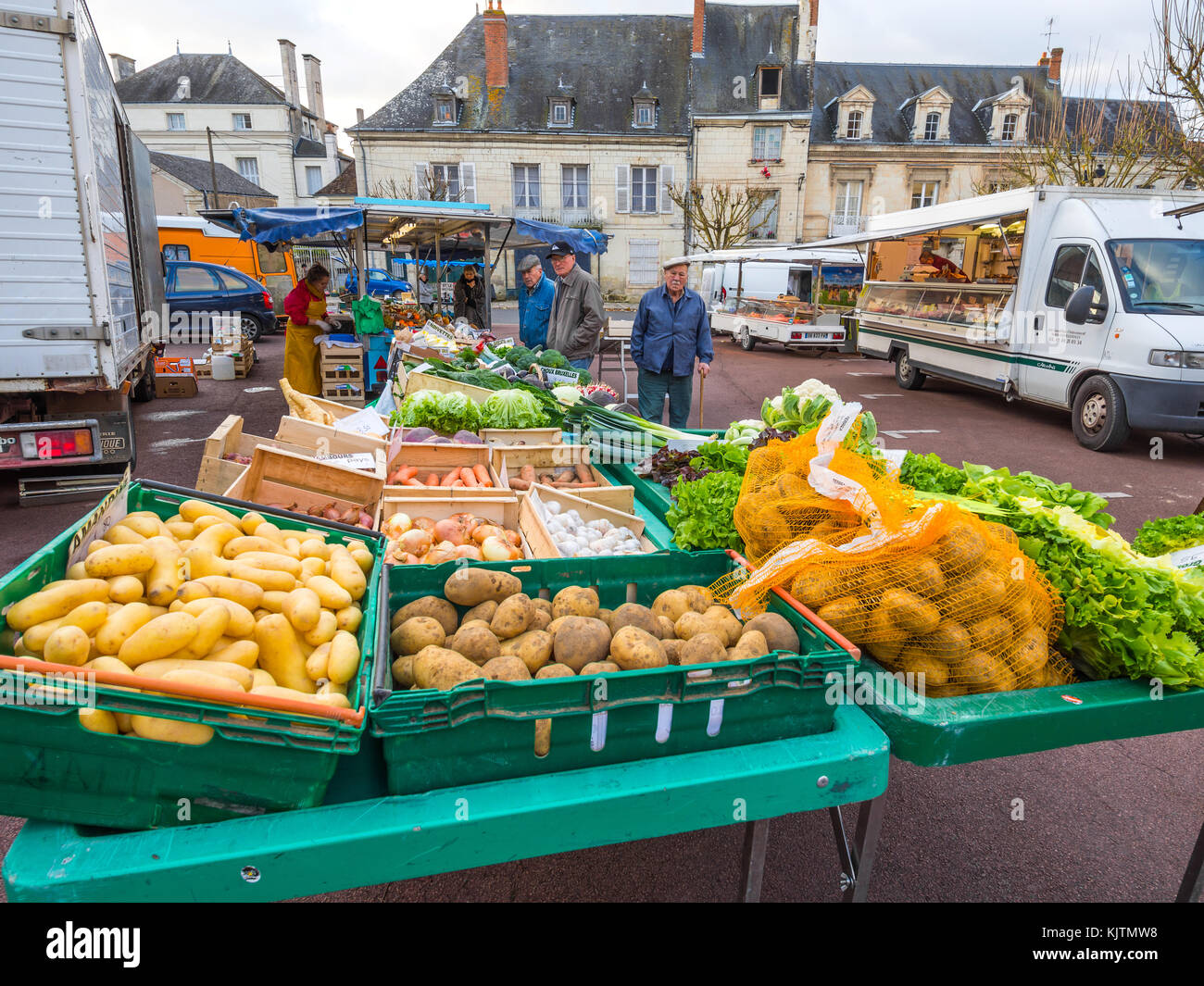Open-air market stall with fresh vegetables - France. - Stock Image
