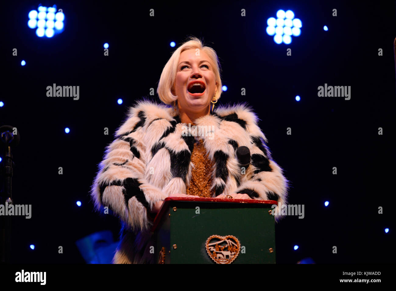 denise-van-outen-switching-on-the-christmas-lights-in-chelmsford-essex-KJWADD.jpg