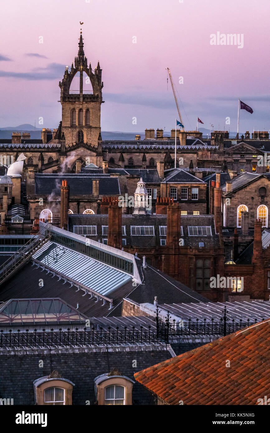 zoomed-sunset-view-of-edinburgh-rooftops