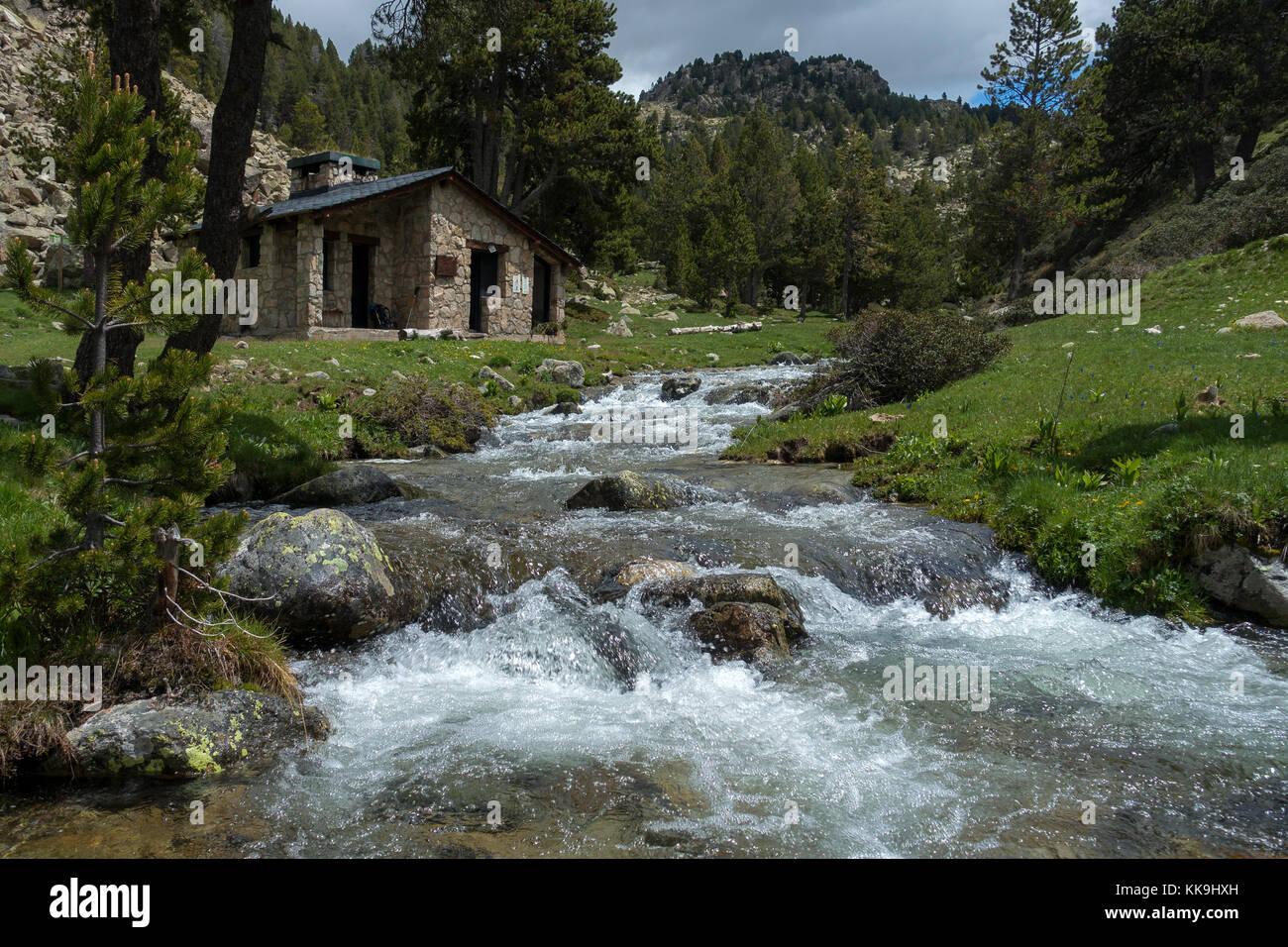 Riu dels Orris mountain shelter.Madriu valley.Pyrenees.Andorra - Stock Image