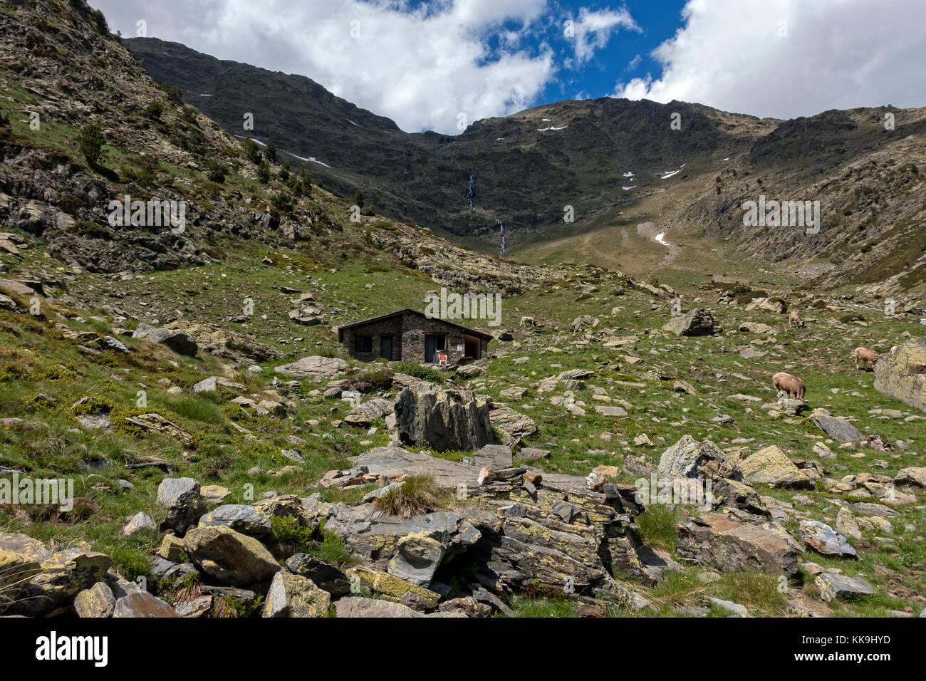 Mountain shelter Pla de l´Estany.Pyrenees.Andorra - Stock Image