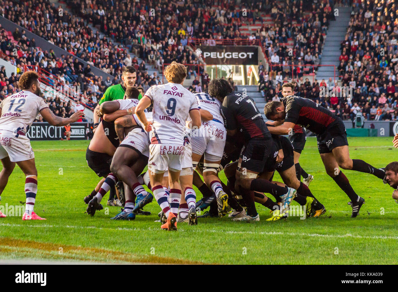 Scrum, Stade v Bordeaux-Begles, Ernest Wallon stadium, home ground of Stade Toulousain rugby union team, Toulouse, Stock Photo