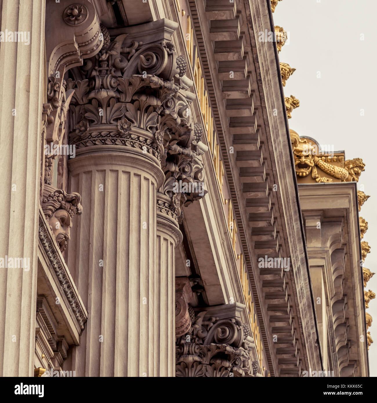 Corinthian column capital featuring acanthus leaves - Stock Image