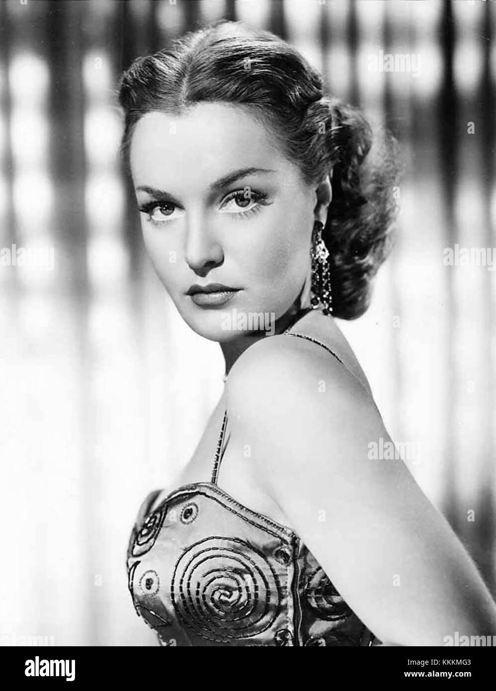 Dorothy Hart Dorothy Hart new foto