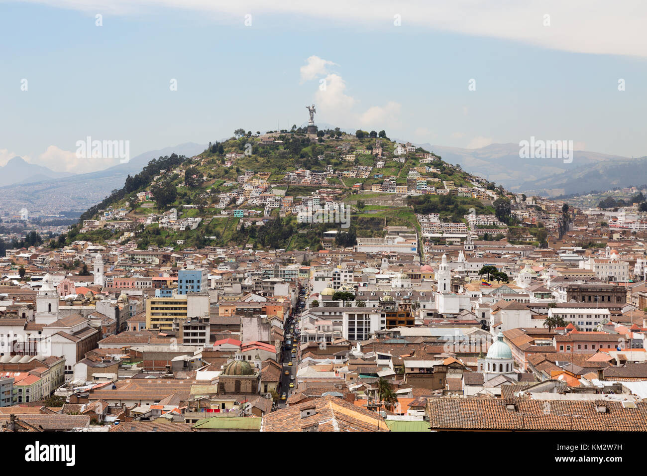 panecillo-hill-quito-ecuador-south-america-KM2W7H.jpg