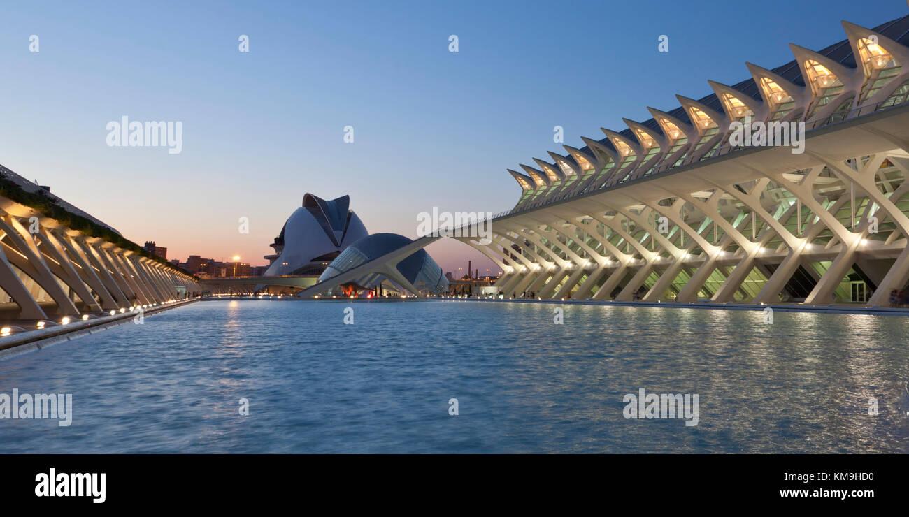Príncipe Felipe Science Museum, The Palau de les Arts Reina Sofia, Valencia, Spain - Stock Image