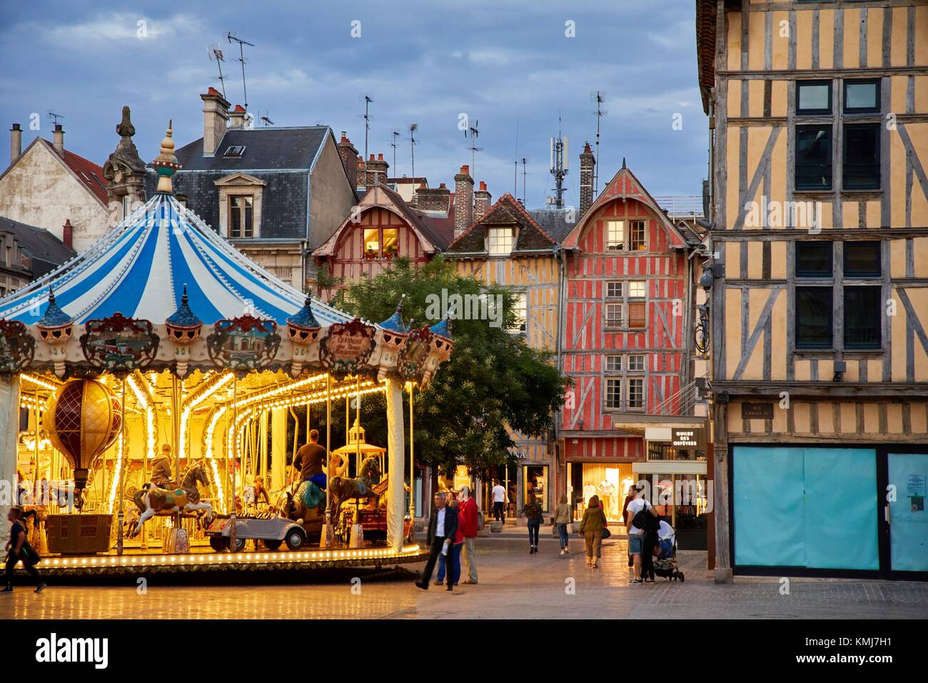 Place Foch, Rue Emile Zola, Troyes, Champagne-Ardenne Region, Aube Department, France, Europe - Stock Image