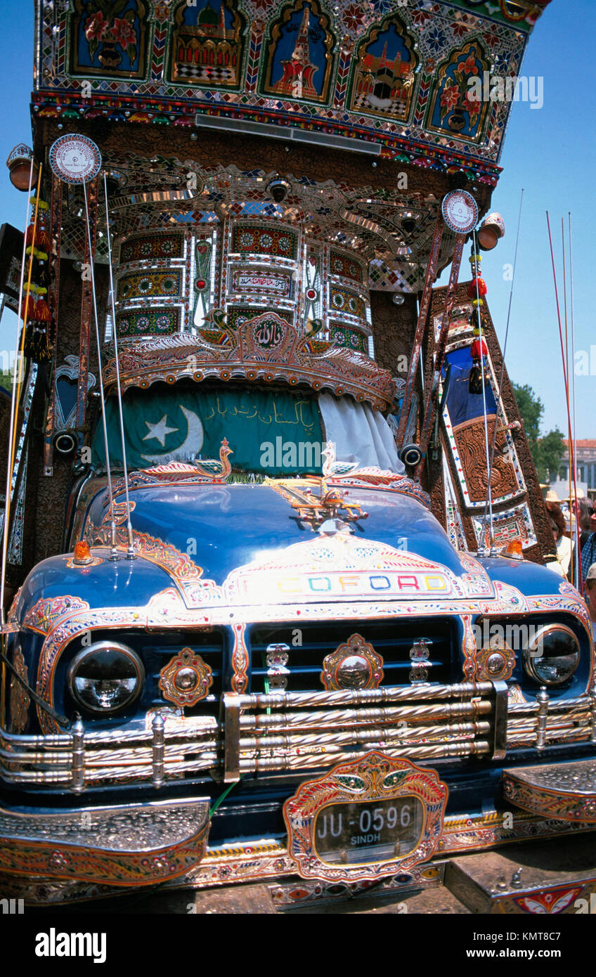 Colourful bus from Pakistan. Smithsonian Institution. Washington D.C. USA - Stock Image