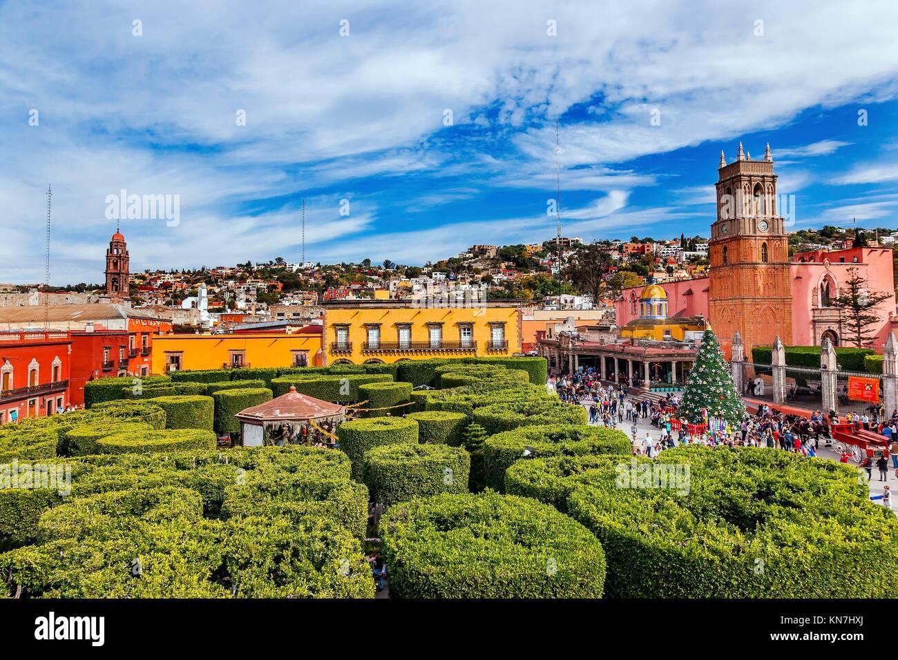 Parroquia Archangel church Greeb Jardin Town Square San Miguel de Allende, Mexico. Parroaguia created in 1600s. - Stock Image